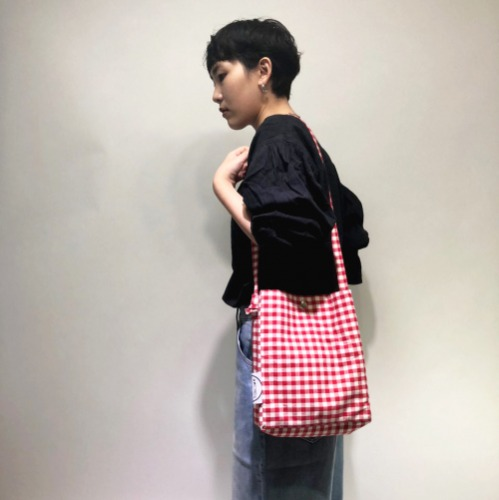 씨씨씨프로젝트 ccc project . red check cross bag